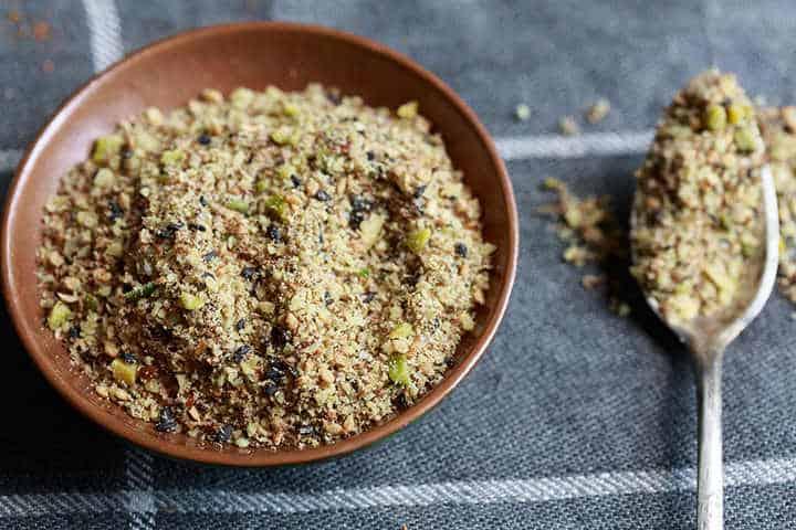 dukkah in a bowl